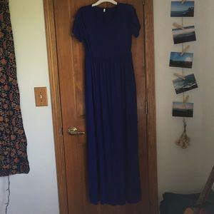 Dresses - Royal blue maxi dress with pockets!